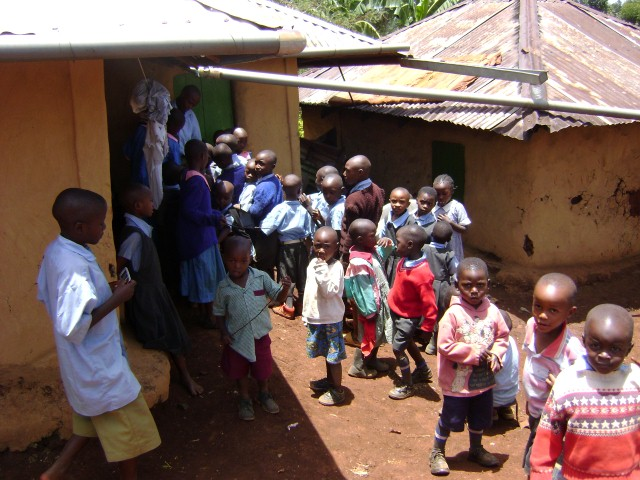 Kisii Kids' - meal time